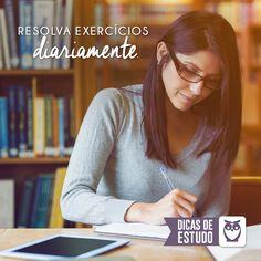 Além do conhecimento adquirido na hora de resolver exercícios, você já treina o seu desempenho para as provas! Uma ótima maneira de se estudar! #estude #exercicios #rotina #concursos #prova #preparacao