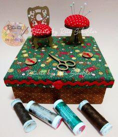 caixa de costura forrada de tecidos com miniaturas agulheiros por Ritarte by Rita Schefler - facebook