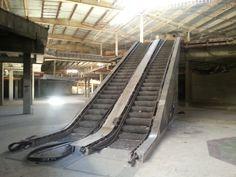 Abandoned Hawthorne Plaza, Gone Girl