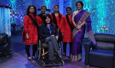#VidyaBalan returns to the small screen once again for the new show 'No More Kamzor' that will talk about women who overcame problems & struggles successfully.