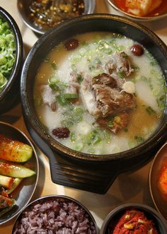 Finding The Real Bone Broth Seoul Gom Tang S Korean Beef Soup Soupeast Bay Restaurantsbone