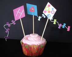 12+Lets+Go+Fly+a+Kite+Cupcake+Toppers+by+DDCupcakeAccessories,+$12.00