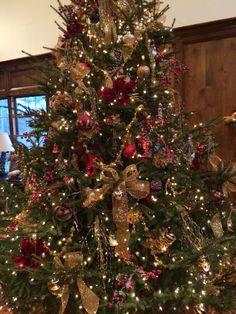 Rustic elegant Christmas tree