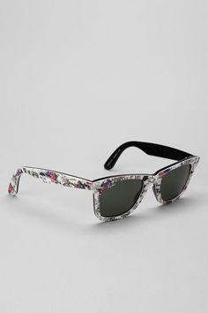 3314e222cc9 Ray-Ban Classic London Wayfarer Sunglasses