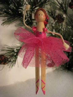 Ballerina Clothespin Ornament by Underpinnings on Etsy Holzfiguren, Carola Schneider, Holzfiguren Ballerina Clothespin Ornament von . Handmade Ornaments, Diy Christmas Ornaments, Craft Stick Crafts, Christmas Projects, Kids Christmas, Holiday Crafts, Christmas Decorations, Accessoires Mini, Clothes Pin Ornaments