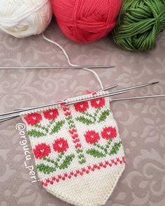 Room Decor Bedroom, Diy And Crafts, Crochet Hats, Christmas Ornaments, Holiday Decor, Moda Emo, Piercings, Man Fashion, Tutorials