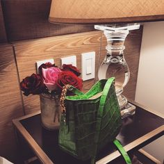bag in emerald green at the walking closet event Walking Closet, Emerald Green, Vase, Instagram Posts, Collection, Home Decor, Decoration Home, Room Decor, Walk In Wardrobe Design