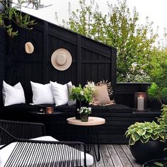 ⓔ Design Inspiration The Secret Garden, Outdoor Life, Outdoor Living, Outdoor Decor, Garden Inspiration, Interior Inspiration, Design Inspiration, Garden Furniture, Outdoor Furniture Sets
