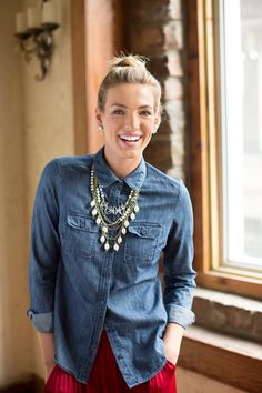 Put-together Preppy: Layer #pearls on a #chambray shirt for a casual-chic look! #WomensFashion