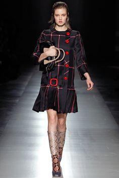 Prada Fall 2011 Ready-to-Wear Fashion Show - Lindsey Wixson