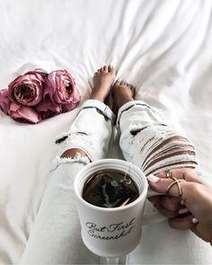 Tiffany Jais Houston fashion and lifestyle blogger   Flatlay, casual,