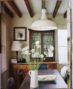 small dining rooms | 30 Small Dining Rooms And Zones Decorated With Style