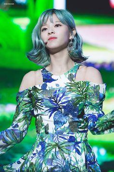 Beauty at its peak Suwon, Nayeon, Kpop Girl Groups, Korean Girl Groups, Kpop Girls, K Pop, Rango Vocal, Twice Jungyeon, Twice Korean