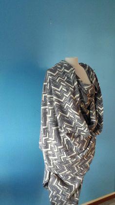Voor een broekrok,broek.jurk. Ruffle Blouse, Tops, Women, Fashion, Moda, Fashion Styles, Fashion Illustrations, Woman