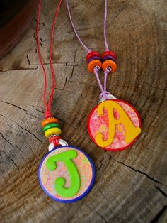 kids bracelets | Making jewelry with kids can be easy! AND they love it!!