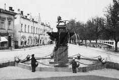 Läntinen keskusta - Vanhoja kuvia Turusta - Suomikuva.fi Louvre, Building, Travel, Voyage, Buildings, Viajes, Traveling, Trips, Construction