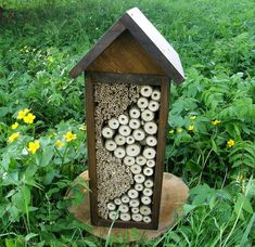 domčeky pre hmyz - Hľadať Googlom Bird Feeders, Outdoor Decor, Home Decor, Insects, Weed, Lawn And Garden, Decoration Home, Room Decor, Home Interior Design