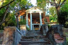 Abandoned Ward's Funeral Home in Opelika, Alabama | One of 12 Spooky & Scary Abandoned Funeral Homes @WebUrbanist