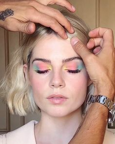 Cara Delevingne and Lucy Boynton make this tie-dye eye makeup one thing in this . - Cara Delevingne and Lucy Boynton are making this tie-dye eye makeup one thing this fall, # - Cara Delevingne, Eye Makeup, Makeup Tips, Hair Makeup, Makeup Ideas, Makeup Products, Makeup Brushes, Beauty Products, Retro Makeup