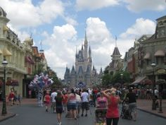Main Street - Preparing for the 4-Park Day 101 - www.wdwradio.com