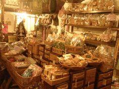 かわいいアタ製品とバティックのお店@Far East Fine Arts - イブウブ子@バリ島奮闘記 | バリ島ウブドから発信!