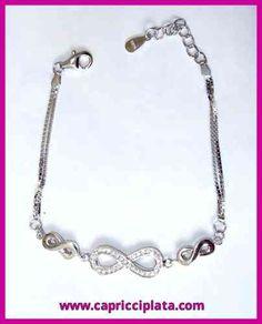 Pulsera de plata 925m La puedes encontrar en www.capricciplata.com y en  http://www.facebook.com/capricci.plata1  #pulsera #plata #infinito #joyas #moda #fashion #silver #tendencia #look #outfit #style #woman #shoppingonline #blackfriday #regalos