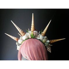 Introducing, the Queen Of Triton headband! Queen of Triton.ahhh, what an honor! The hairband worn by the Queen herself! Made with all natural Mermaid Headpiece, Mermaid Crown, Mermaid Shell, Head Wrap Headband, Crown Headband, Headband Hair, Mermaid Cosplay, Mermaid Costumes, Shell Crowns