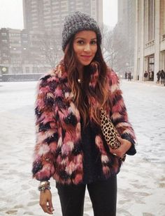 50 Inspiring winter outfits    Photo via Sincerely Jules