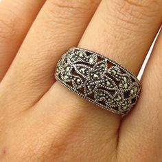 Silverly .925 Sterling Silver Marcasite Style Daisy Flower Floral Ring