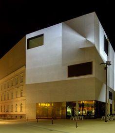 vorarlberg museum © Bodensee-Vorarlberg Tourismus Feldkirch, Museum, Mansions, House Styles, Home Decor, Bregenz, Attic Conversion, Landscape, Architecture