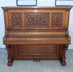 EARLY 1900s RARE KIMBALL QUARTERSAWN OAK PARLOR ACORN FANCY CARVED PIANO
