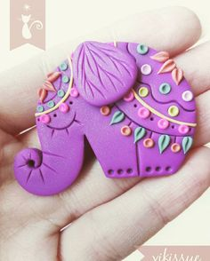 Elephant polymer clay brooch #elephant #mandala #mandalaart #indian #india #indonesia #purple #brooch #polymerclay #clayart #clay #fimo #sculpey #handmade #handcrafted #handmadewithlove #animal #love #lovely #sweet #original #creative #originalart #myart #artwork #arcillapolimerica #hechoamano #elefante