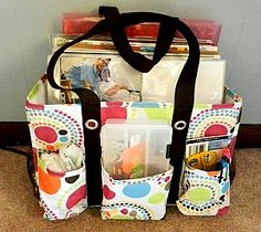 Scrapbooking on the go. Great way to pack for a short crop or travel time in the car.