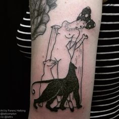 """Tati Compton 