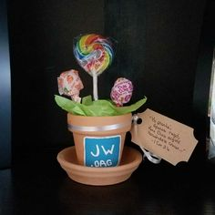 """""""I planted, Apollos watered, but God kept making it grow..."""" 1 Cor 3:6. #JW Pioneer Gifts Jw Gifts, Craft Gifts, Cool Gifts, Caleb Et Sophia, Pioneer School Gifts Jw, Flower Pot Centerpiece, Pioneer Crafts, Jw Pioneer, Spiritual Gifts"""
