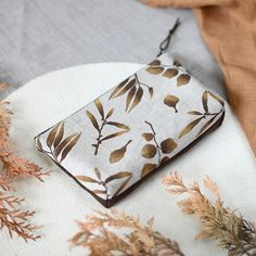 Beauty pouch from new autumn collection. Pouch, Wallet, Fern, Textile Design, Sunglasses Case, Textiles, Autumn, Pattern, Stuff To Buy