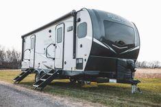 Lightweight Campers, Rv Manufacturers, Camper Life, Trip Planning, Recreational Vehicles, Frame, Picture Frame, Camper, Frames