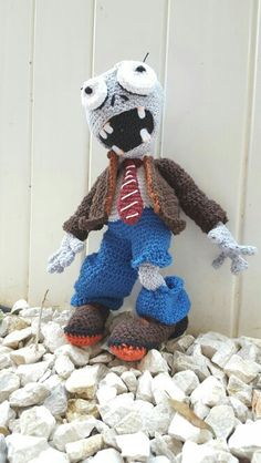 Plants vs zombies.   Aradiya crochet patterns