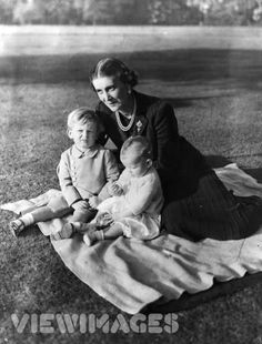 Princess Marina, Duchess of Kent with her children