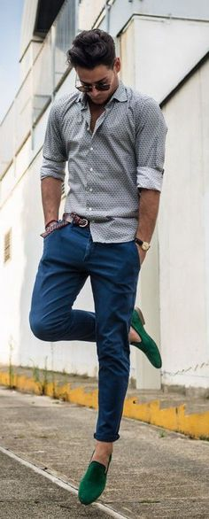 If you don't really like being dressed up this article has amazing outfit ideas for you. These everyday outfits are not only comfortable and smart but also guarantees to enhance one's personality.