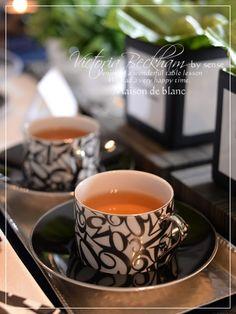 【インストラクターコース】タイル作品 の画像 京都・シュールデコール/ポーセラーツ教室 maison de blanc(メゾン・ド・ブラン) Coffee Time, Tea Time, Turkish Coffee Set, Drinks Trolley, Antique Tea Cups, China Art, China Painting, Porcelain Ceramics, Tea Cup Saucer