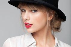 "Taylor Swift's New Single ""Wildest Dreams"" Radio Edit Premiere / Taylor Swiftの次のシングル「Wildest Dreams」のラジオ編集版が発表された。"