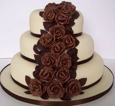delicious chocolate wedding cakes | Various kinds of chocolate cake - Wedding Cake on we heart it / visual ...