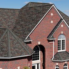 Best Carriage House Shingle In Colonial Slate By Certainteed 640 x 480