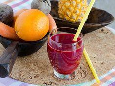 Suc presat la rece din sfeclă, morcovi, ananas și portocale Grapefruit, Drinks, Food, Beverages, Drink, Meals, Yemek, Beverage, Eten