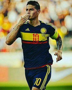 James R Colombian Selection James Rodriguez, Football Players Images, Soccer Players, Football Soccer, Copa Centenario, Copa America Centenario, Everton, Fifa, Equipe Real Madrid