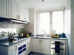 简欧风格三居室厨房装修效果 Kitchen Cabinets, Chinese, Home Decor, Small Kitchens, Decoration Home, Room Decor, Kitchen Base Cabinets, Dressers, Kitchen Cupboards
