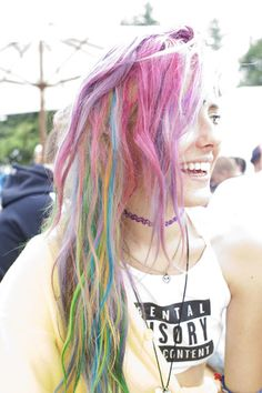 This is it! Goal for my hair colors. Right here. It'll happen... :P