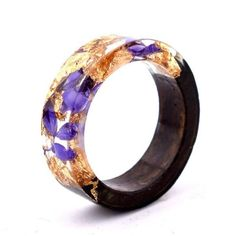 Handmade Floral, Wooden Resin Rings, featuring internal micro plants, beeswax polish finish 9 / G - Chocolate Amber Purple Wood Flowers, Resin Flowers, Wooden Jewelry, Resin Jewelry, Beeswax Polish, Accessoires Iphone, Wood Resin, Resin Art, Resin Ring