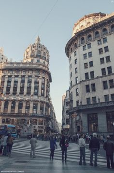 Buenos Aires - Argentina Argentina Buenos Aires In unserem Blog viel mehr Informationen https://storelatina.com/argentina/travelling #traveling #viajar #viaje #viajando